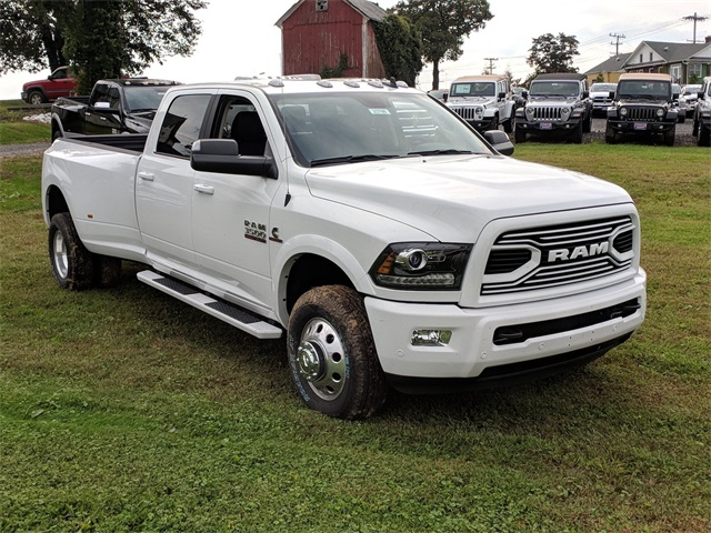 2018 Ram 3500 Crew Cab DRW 4x4,  Pickup #23798 - photo 4