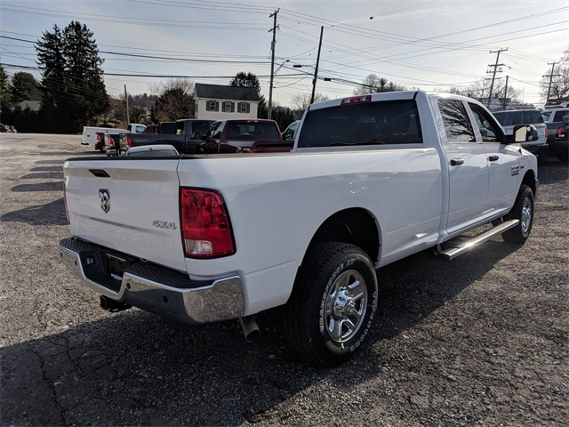 2018 Ram 3500 Crew Cab 4x4,  Pickup #23822 - photo 3
