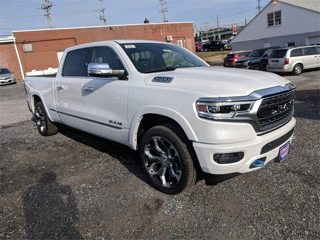 2019 Ram 1500 Crew Cab 4x4,  Pickup #23911 - photo 4