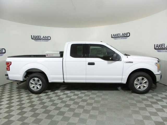 2018 F-150 Super Cab 4x2,  Pickup #18T0631 - photo 4