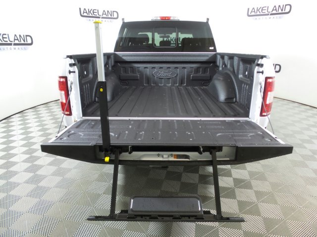 2018 F-150 SuperCrew Cab 4x4,  Pickup #18T1298 - photo 6