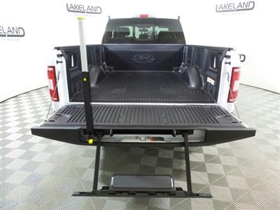 2018 F-150 Super Cab 4x2,  Pickup #18T1302 - photo 6