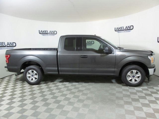 2018 F-150 Super Cab 4x2,  Pickup #18T1334 - photo 4