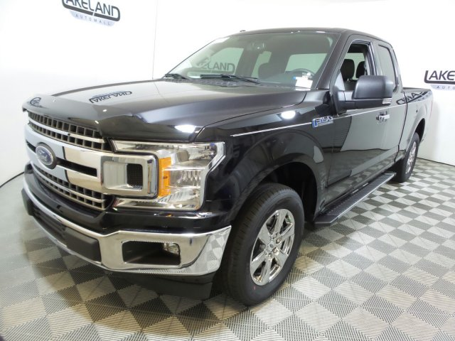 2018 F-150 Super Cab 4x2,  Pickup #18T1348 - photo 8