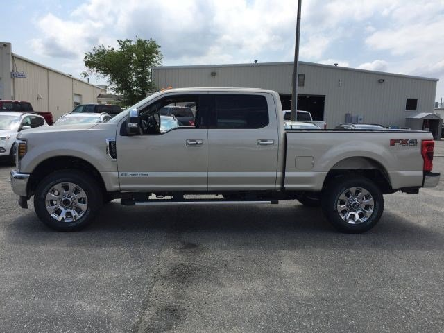 2018 F-250 Crew Cab 4x4,  Pickup #104284 - photo 5