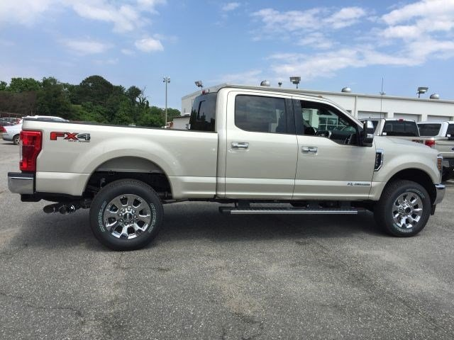 2018 F-250 Crew Cab 4x4,  Pickup #104284 - photo 8