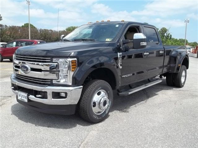 2018 F-350 Crew Cab DRW 4x4,  Pickup #104311 - photo 1