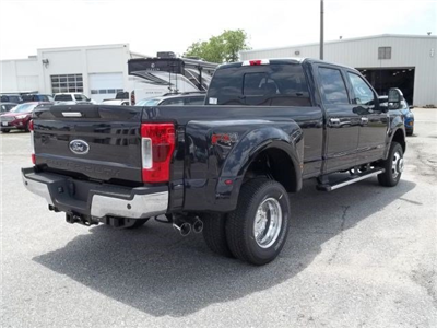 2018 F-350 Crew Cab DRW 4x4,  Pickup #104311 - photo 7