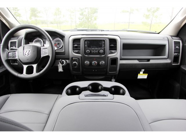 2019 Ram 1500 Crew Cab 4x2,  Pickup #KS633483 - photo 11