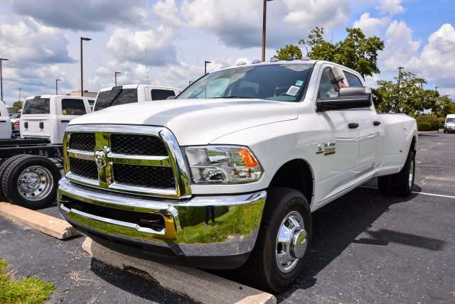 2017 Ram 3500 Crew Cab DRW 4x4, Pickup #G731132T - photo 15