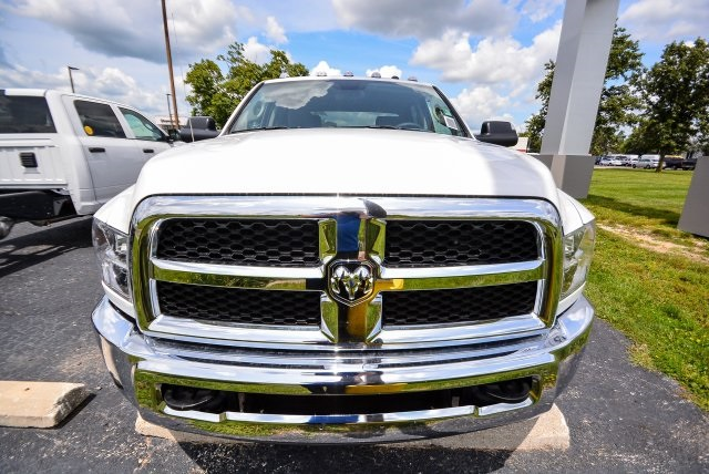 2017 Ram 3500 Crew Cab DRW 4x4, Pickup #G731132T - photo 16