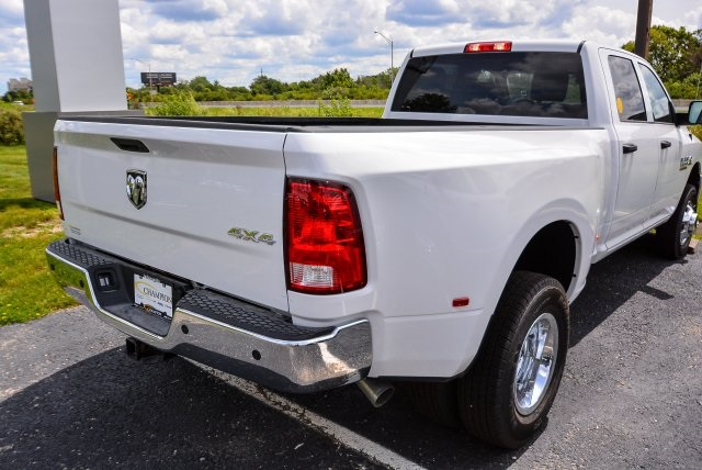 2017 Ram 3500 Crew Cab DRW 4x4, Pickup #G731132T - photo 2