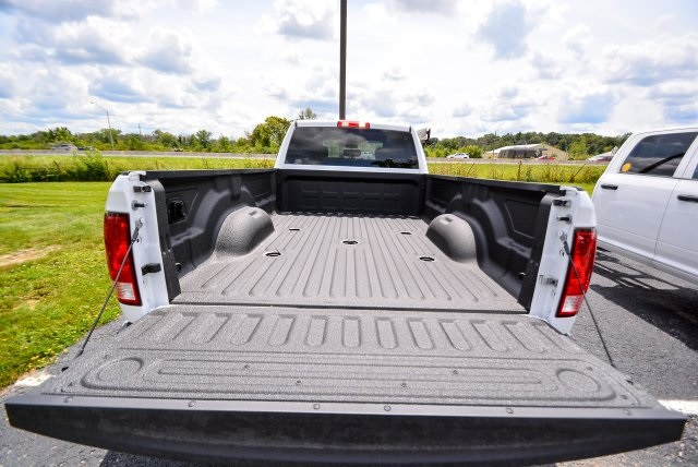 2017 Ram 3500 Crew Cab DRW 4x4, Pickup #G731132T - photo 9