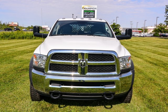 2017 Ram 5500 Crew Cab DRW 4x4, Platform Body #HG582021 - photo 17