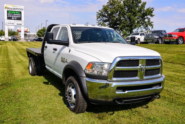 2017 Ram 5500 Crew Cab DRW 4x4, Platform Body #HG582021 - photo 18