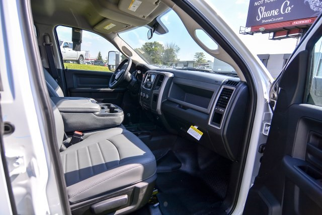 2017 Ram 5500 Crew Cab DRW 4x4, Platform Body #HG582021 - photo 32