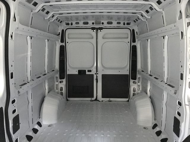 2018 ProMaster 2500 High Roof 4x2,  Empty Cargo Van #JE107894 - photo 12