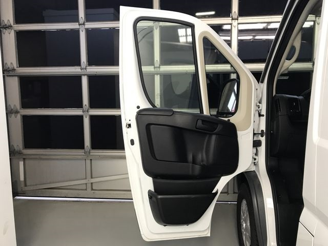 2018 ProMaster 2500 High Roof 4x2,  Empty Cargo Van #JE107894 - photo 17