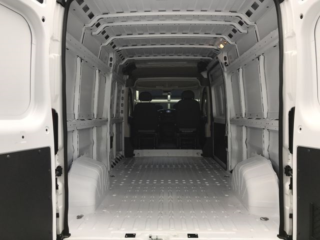 2018 ProMaster 2500 High Roof 4x2,  Empty Cargo Van #JE107894 - photo 2