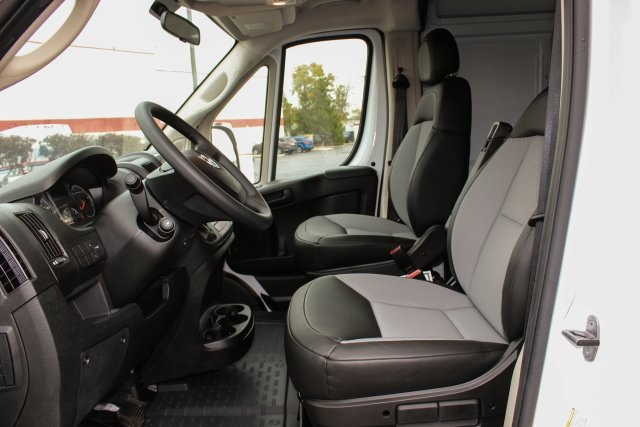 2018 ProMaster 2500 High Roof FWD,  Empty Cargo Van #JE107959 - photo 4