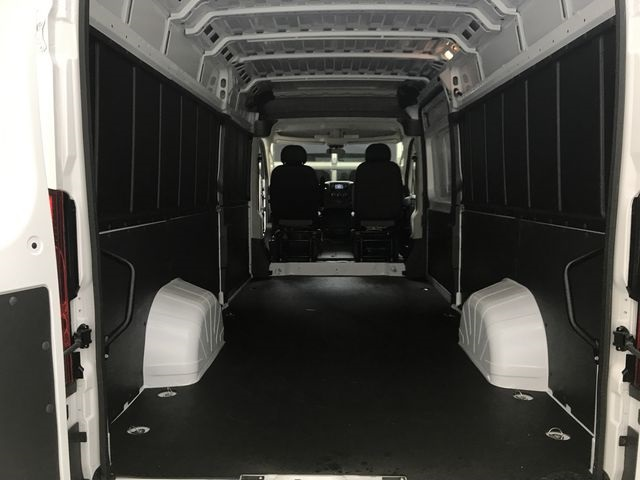 2018 ProMaster 3500 High Roof 4x2,  Empty Cargo Van #JE138558 - photo 2
