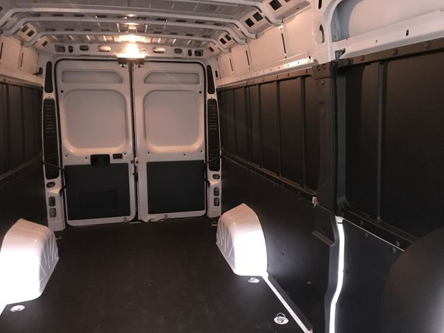 2018 ProMaster 3500 High Roof 4x2,  Empty Cargo Van #JE138558 - photo 7