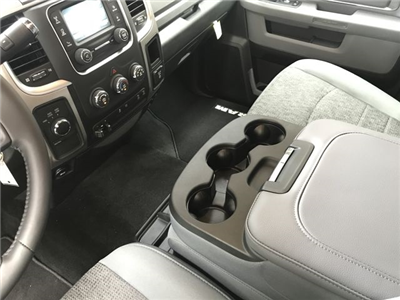 2018 Ram 2500 Crew Cab 4x4,  Pickup #JG119876 - photo 25