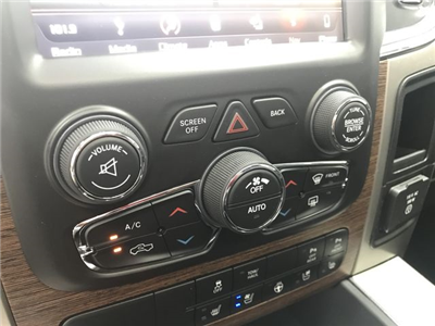 2018 Ram 1500 Crew Cab 4x4, Pickup #JS257893 - photo 26