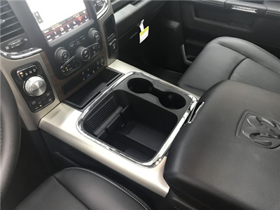 2018 Ram 1500 Crew Cab 4x4, Pickup #JS257893 - photo 27