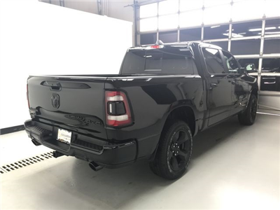 2019 Ram 1500 Crew Cab 4x4, Pickup #KN516271 - photo 2