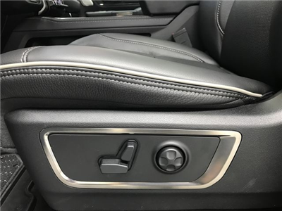 2019 Ram 1500 Crew Cab 4x4,  Pickup #KN524228 - photo 19
