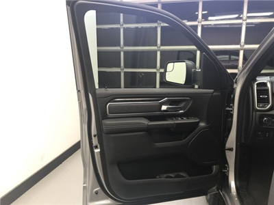 2019 Ram 1500 Crew Cab 4x4,  Pickup #KN538939 - photo 16
