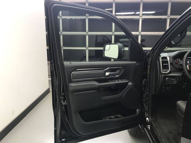2019 Ram 1500 Crew Cab 4x4,  Pickup #KN538940 - photo 14