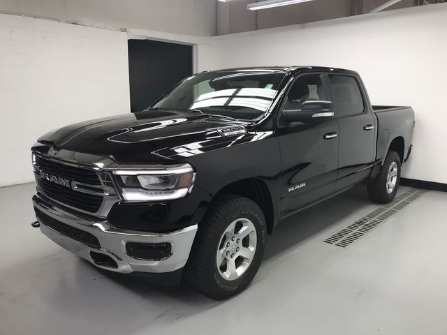 2019 Ram 1500 Crew Cab 4x4,  Pickup #KN538940 - photo 5