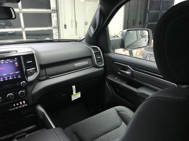 2019 Ram 1500 Crew Cab 4x4,  Pickup #KN538940 - photo 7