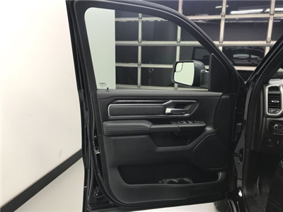 2019 Ram 1500 Crew Cab 4x4,  Pickup #KN540357 - photo 15