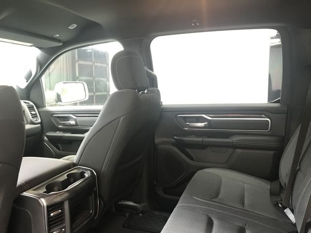 2019 Ram 1500 Crew Cab 4x4,  Pickup #KN540360 - photo 9
