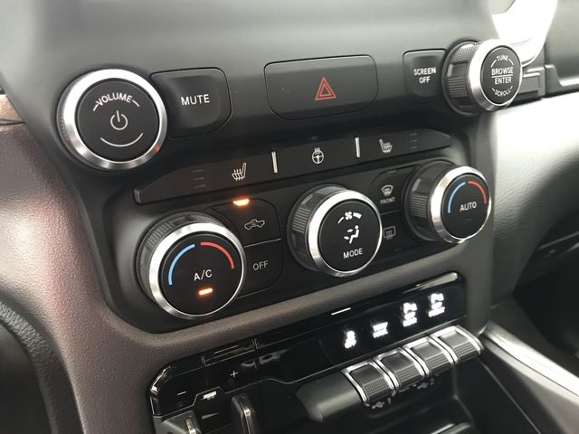 2019 Ram 1500 Crew Cab 4x4,  Pickup #KN540361 - photo 27