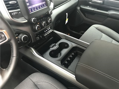 2019 Ram 1500 Crew Cab 4x4,  Pickup #KN540361 - photo 20