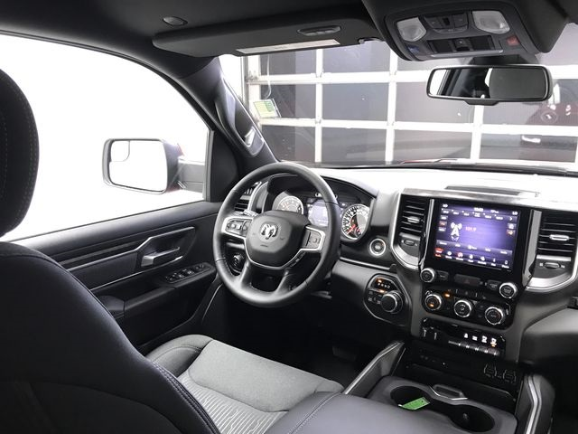2019 Ram 1500 Crew Cab 4x4,  Pickup #KN563416 - photo 14