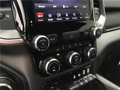 2019 Ram 1500 Crew Cab 4x4,  Pickup #KN563416 - photo 24