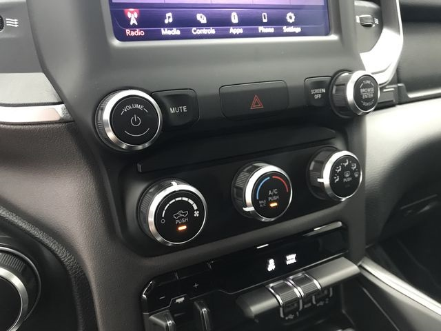 2019 Ram 1500 Crew Cab 4x4,  Pickup #KN578677 - photo 23