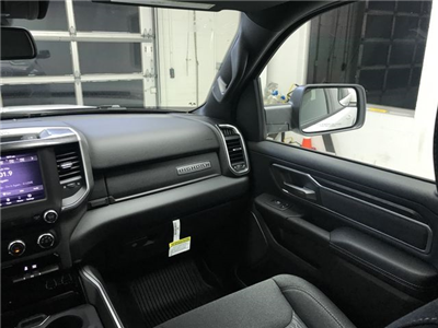 2019 Ram 1500 Crew Cab 4x4,  Pickup #KN578677 - photo 8