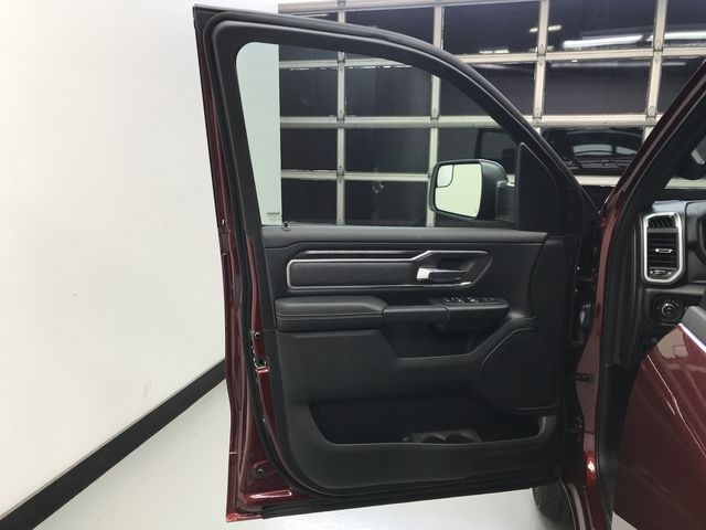 2019 Ram 1500 Crew Cab 4x4,  Pickup #KN578678 - photo 16