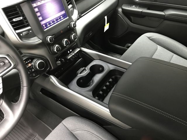2019 Ram 1500 Crew Cab 4x4,  Pickup #KN578682 - photo 24
