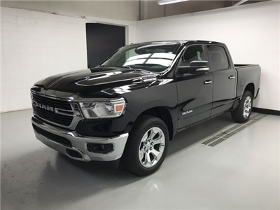 2019 Ram 1500 Crew Cab 4x4,  Pickup #KN578682 - photo 4