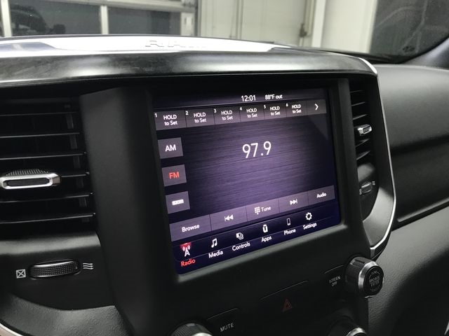 2019 Ram 1500 Crew Cab 4x4,  Pickup #KN578689 - photo 20