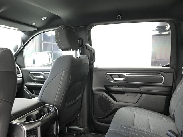 2019 Ram 1500 Crew Cab 4x4,  Pickup #KN587348 - photo 9