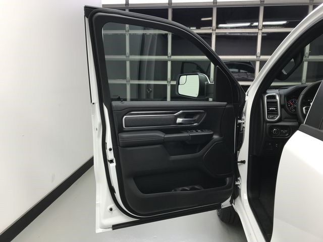 2019 Ram 1500 Crew Cab 4x4,  Pickup #KN587348 - photo 17