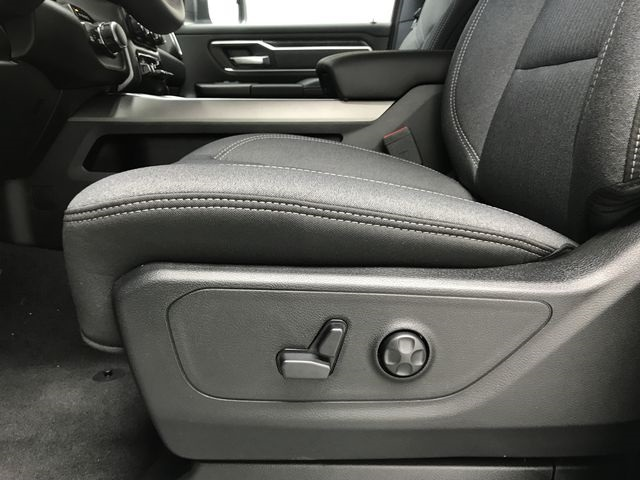 2019 Ram 1500 Crew Cab 4x4,  Pickup #KN587348 - photo 19